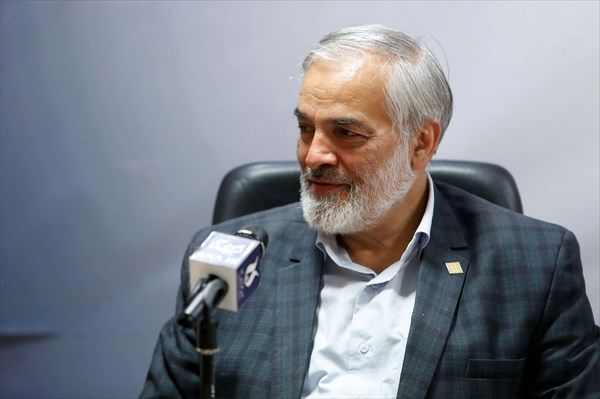حداقل 25 نماینده اصولگرا از تهران وارد مجلس میشوند!/ اصلاح طلبان مظلوم نمایی می کنند