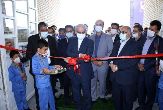 مدرسه ۱۲ کلاسه شهدای فاطمیون در کرمان به بهرهبرداری رسید