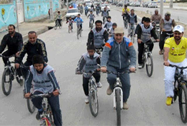 همایش های «پیاده روی خانوادگی» و «دوچرخه سواری» در نهبندان  برگزار شد