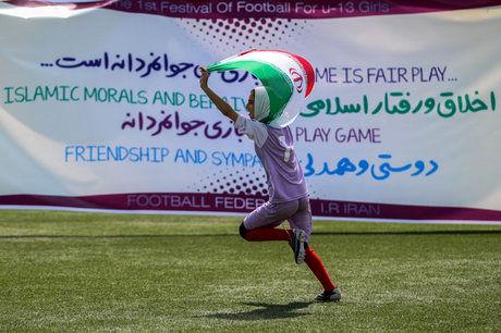 استعدادیابی به شکل درست در فوتبال بانوان انجام نمیشود/ قهرمانی تیم نوجوانان در جام کافا اتفاق بزرگی بود