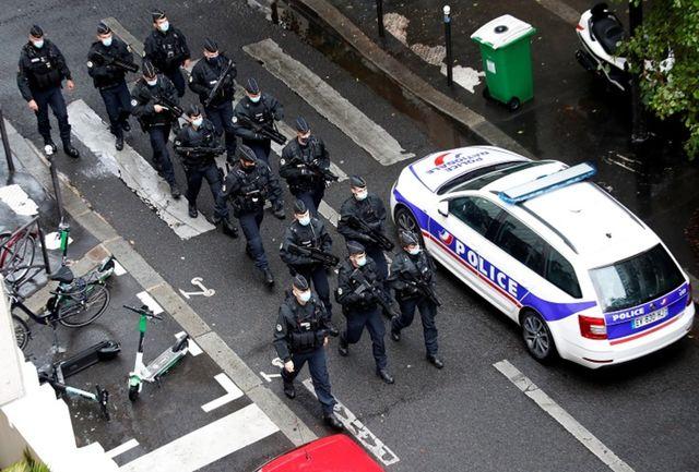 چاقو کشی هولناک در خیابان/ یک افسر پلیس به شدت زخمی شد!+ عکس