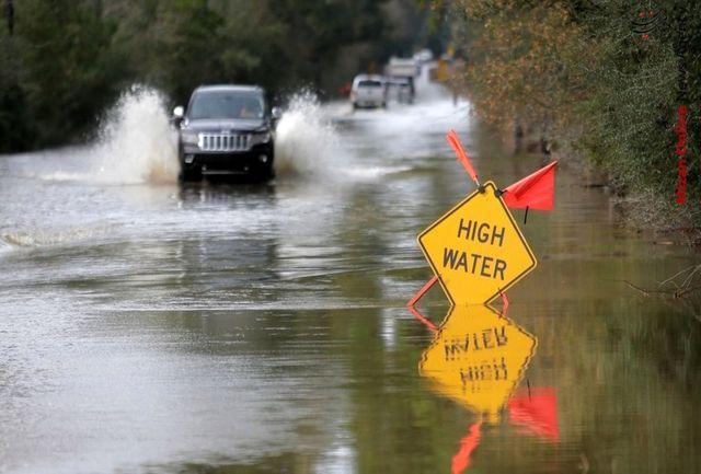 بارش شدید باران باعث بسته شدن معابر سطح شهر شد + فیلم