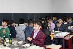 مسمومیت20 دانش آموز زاهدانی در مدرسه راه هدایت /نمونه غذا برای آزمایش ارسال شد