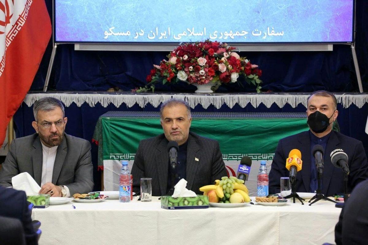 نشست صمیمانه امیر عبداللهیان با کارکنان سفارت در مسکو برگزار شد