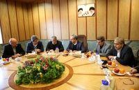 پای محسن هاشمی هم به جلسات قطار شهری قم باز شد
