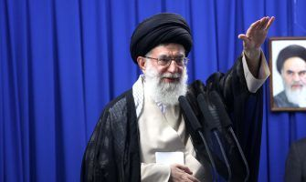نماز جمعه تهران به امامت حضرت آیتالله خامنهای اقامه میشود