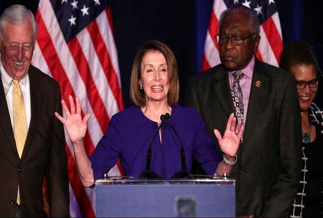 پیشتازی دموکرات ها در انتخابات مجلس نمایندگان/ پلوسی: اولویت ما کنترل قدرت ترامپ است