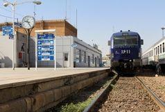 بازگرداندن 200 میلیون وجهه نقد به صاحبش توسط مامور قطار