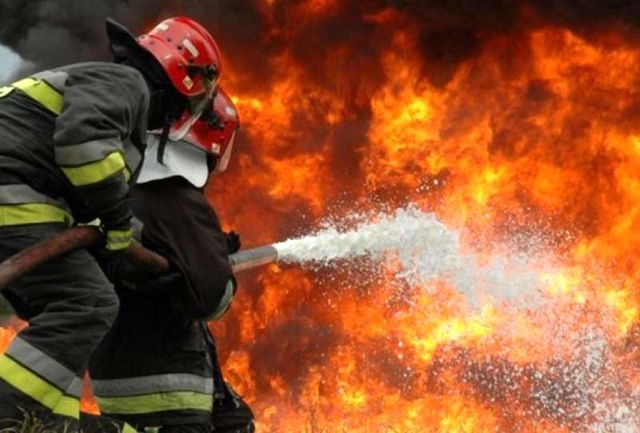 آتش سوزی گسترده گاوداری 50راسی در شهرستان ایوان