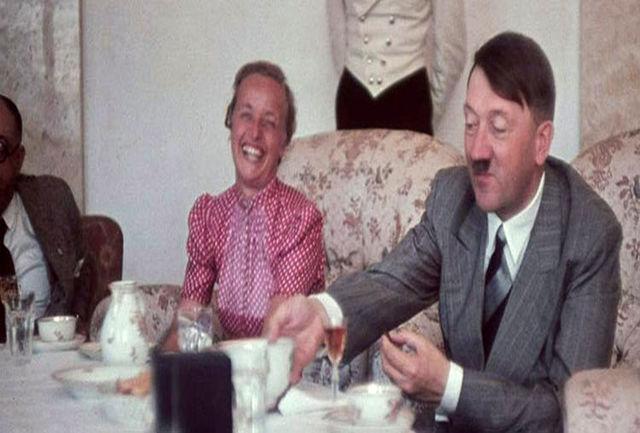 عکس هیتلر و همسرش یکی از 20 تصویر شگفت انگیز تاریخ
