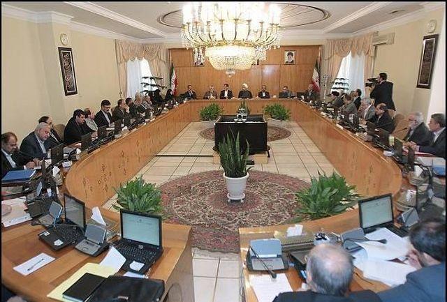کابینه با حضور همه اعضا آماده خدمت هرچه بیشتر به مردم است/ بررسی وضعیت انتصاب زنان در پست های مدیریتی