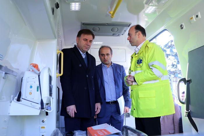 الحاق 11 دستگاه آمبولانس به مجموعه اورژانس استان