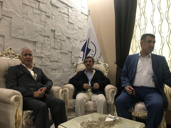 ماجرای دیدار مدیرکل سیاسی و انتخاباتی استانداری مازندران با احمدینژاد چه بود؟