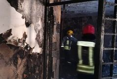 آتش سوزی گسترده در یک واحد صنعتی در اطراف کرج
