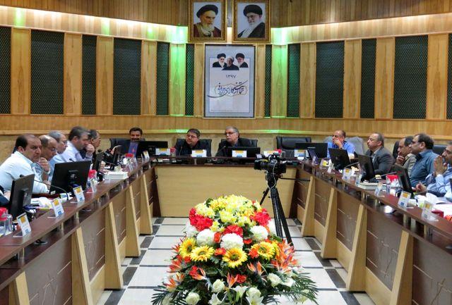 وزارت نیرو در بحث هدر رفت آب چاره اندیشی کند