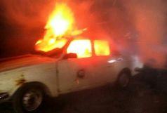 آتش سوزی خودروی تاکسی در رشت