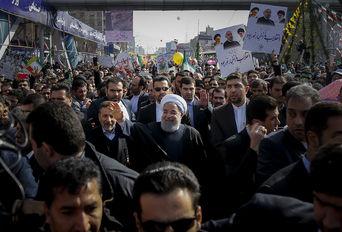 حضور رییس جمهوری در راهپیمایی ۲۲ بهمن