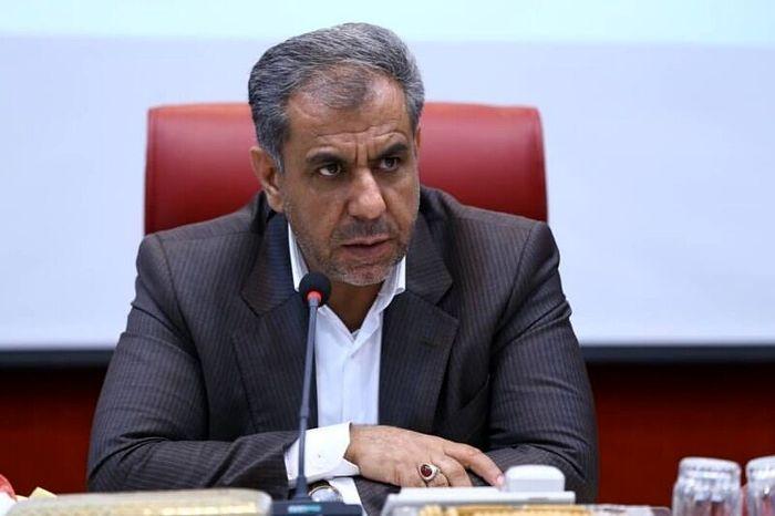 دشمن  شدیدا خواهان و دنبال تجزیه ایران است