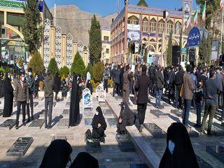 اسم عکاس ندارد / منتشر نشود / گلزار شهدای کرمان در سالگرد شهادت سردار شهید حاج قاسم سلیمانی