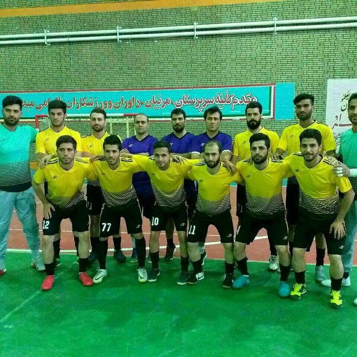 تیم فوتسال خالص سازان زنجان در سومین دیدار، ساحل آبادان را با نتیجه ۲ بر ۱ شکست داد
