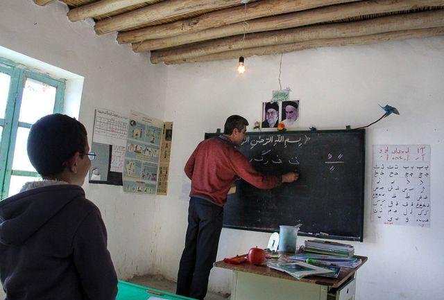 مدارس تهران و سیستان و بلوچستان در صدر فرسودگی/ مدرسه های  خشتی و گلی جمع آوری می شوند