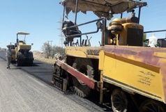 عملیات اجرایی روکش آسفالت کاور به زرین آباد شروع شد