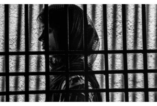 سیستان، خوزستان و هرمزگان دارای بالاترین آمار  قاچاق انسان در کشور/ بردگان جنسی و طعمههای داعش محصول شبکههای قاچاق / موج تازهای از فریب دختران در شبکههای مجازی