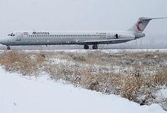 عملیاتی بودن فرودگاه بین المللی ارومیه با وجود بارش برف سنگین