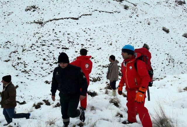 مرگ یک کوهنورد در ارتفاعات طالقان/سه کوهنورد دیگر نجات یافتند