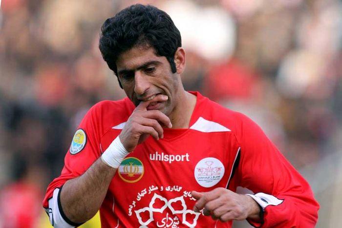 علیپور بهترین بازیکن لیگ برتر بود/ ایام نوروز را در قرنطینه سپری کردم/ بهترین خواننده ایران شجریان است