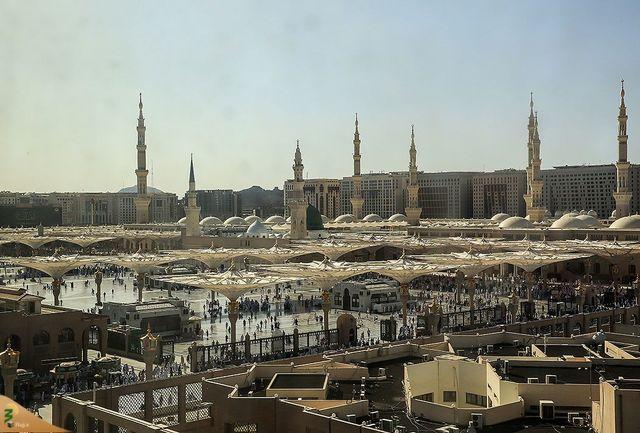 تیراندازی در مسجد النبی به وقوع پیوست