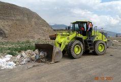 پاکسازی زباله از حاشیه راههای اصلی شهرستان رودبار