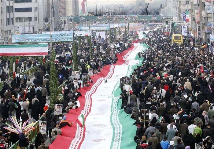 دعوت مراجع تقلید از مردم برای حضور در راهپیمایی یومالله 22 بهمن