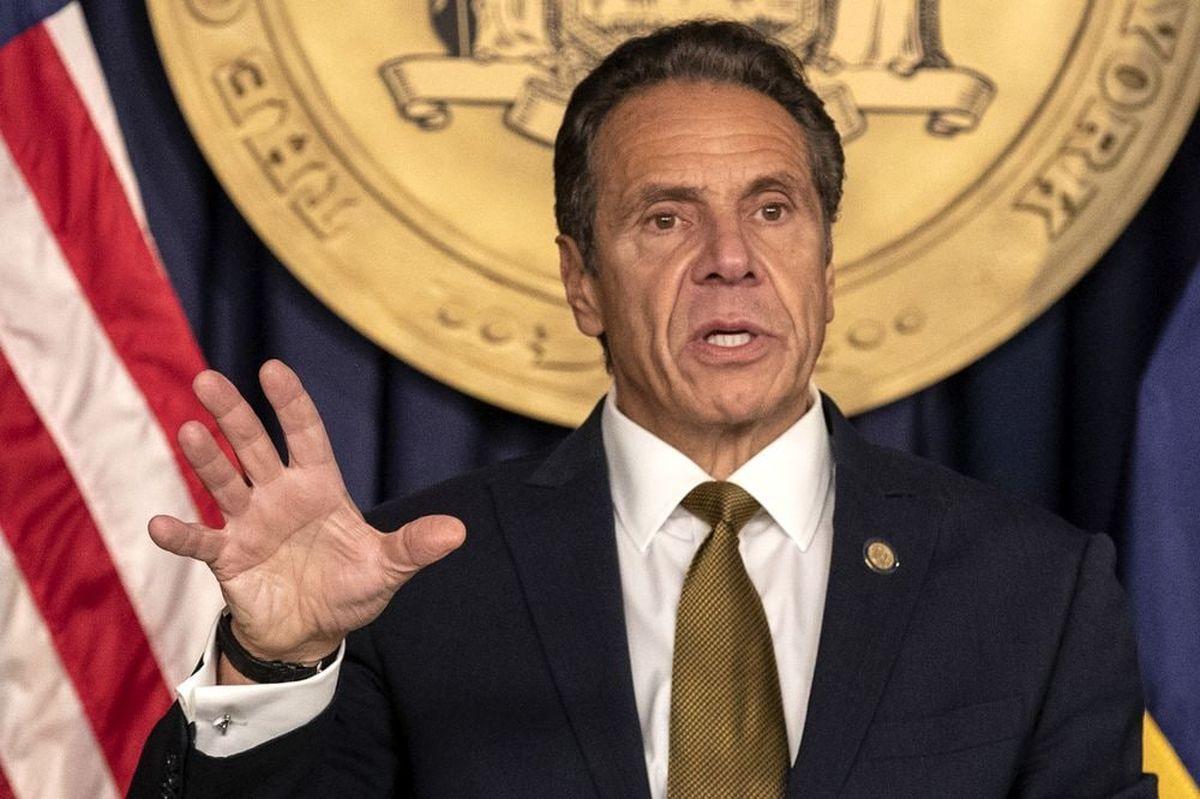 آزار چندین زن از سوی فرماندار یک ایالت تایید شد