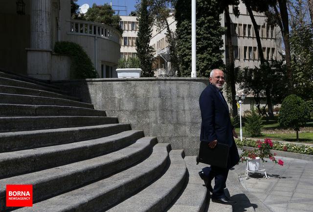 توان دفاعی ما موضوع مذاکره نیست/ سیاست ایران سیاست بازدارندگی و تدافعی است