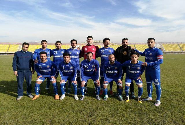 تیم فوتبال شمس آذر قزوین حریف خود را شکست داد