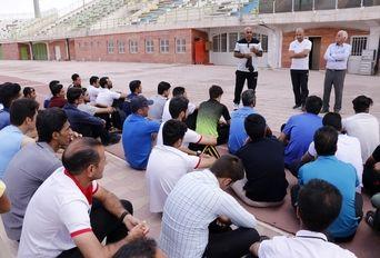 جلسه تست آمادگی جسمانی داوران فوتبال استان کرمان