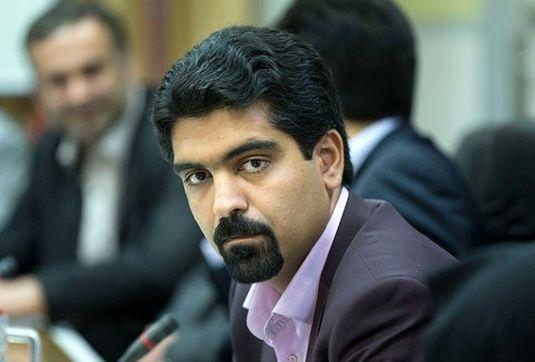مجمع تشخیص مصلحت برای ورود سپنتا نیکنام به شورای پنجم شهر یزد تصمیمگیری میکند
