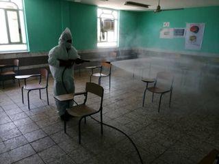 ضد عفونی حوزه های امتحانی مسجدسلیمان