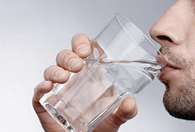 چه افرادی باید آب فراوان بنوشند؟