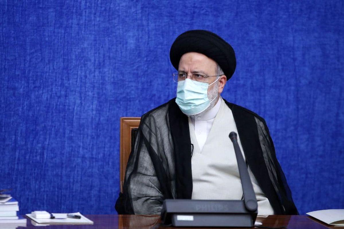برقراری تعامل گسترده با کشورهای همسایه از اصول اولیه سیاست خارجی دولت ایران است