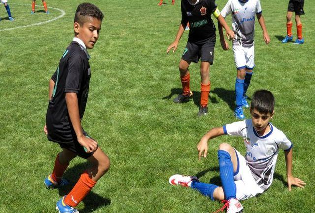 یک دعوت شده از آذربایجان غربی به اردوی تیم ملی فوتبال نونهالان