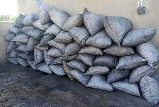 کشف 800 کیلوگرم زغال قاچاق و دستگیری 2 متهم در اندیکا