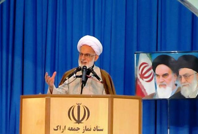عظمت عاشورای حسینی به رخ جهانیان کشیده شود