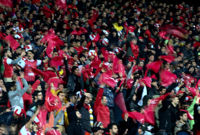 بمب روحیه پرسپولیس به ورزشگاه آزادی میآید+عکس
