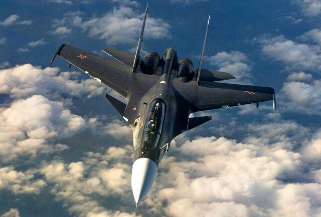 ایجاد مزاحمت جنگنده های آمریکایی برای هواپیمای روسی