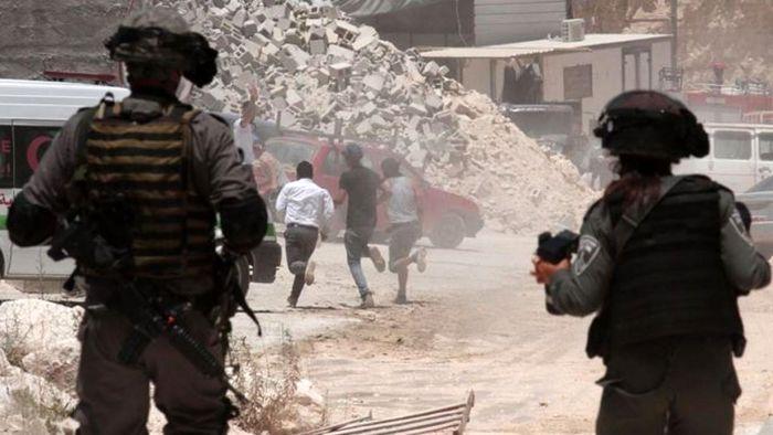 حمله سربازان رژیم صهیونیستی به معترضین فلسطینی