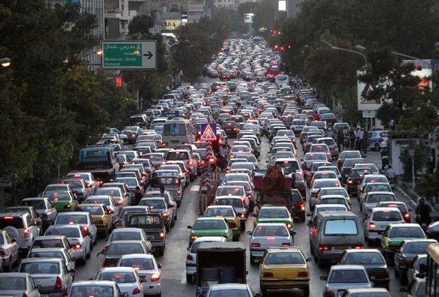 ترافیک صبحگاهی در غرب به شرق بزرگراههای پایتخت