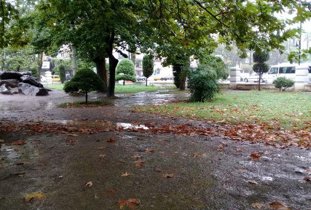 هوای بسیاری از نقاط کشور بارانی میشود