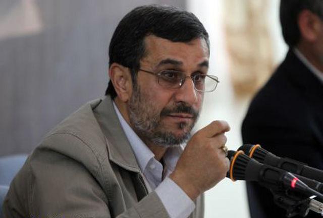 احمدی نژاد در جلسه استانی هیات دولت: استقبال مردمی تجدید قوای دولتمردان است